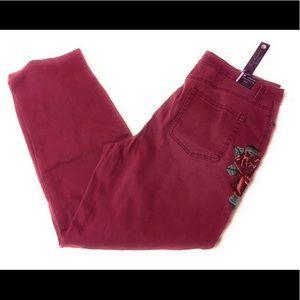 Gloria Vanderbilt Burgundy Jeans